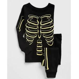 Baby Gap Skeleton Glow-in-the-Dark Pajamas